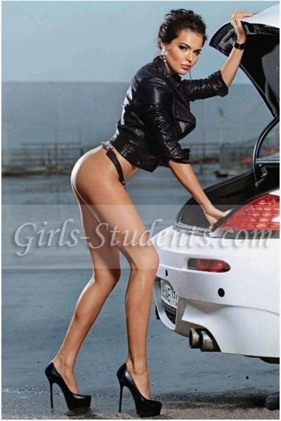 Luxury escort Paris Inna, upscale GFE companion